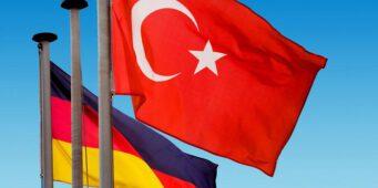 Германия обновила предупреждение из-за турецкой фальсификации статистики по COVID-19