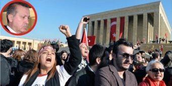 Мавзолей Ататюрка и список избранных: Эрдогана приветствовали только его сторонники
