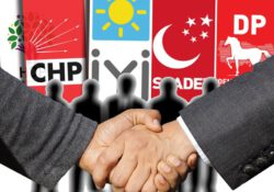 Оппозиционный «Национальный альянс» догнал и может опередить правительственный «Народный альянс»