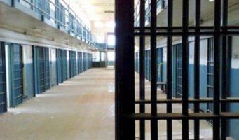 Оппозиционный депутат: Каждый час 20 заключенных и осужденных подвергаются плохому обращению в тюрьмах