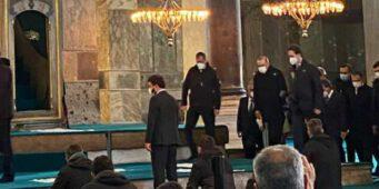Эрдоган прервал намаз прихожан мечети Айя-София