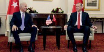 Усилия Эрдогана завоевать симпатию в Белом доме игнорируются