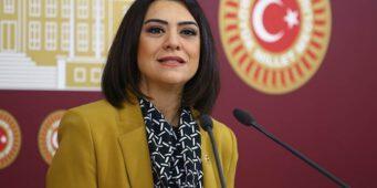 В Турции резко возросло количество самоубийств