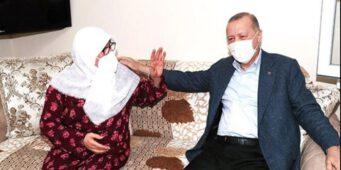 66-летняя сторонница Эрдогана сравнила его с пророком