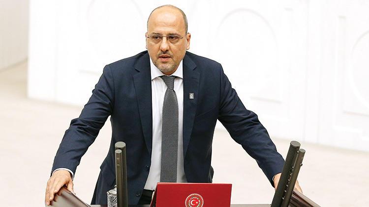 Ахмет Шик: Фидан хотел убить Йылдырыма 15 июля