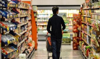 Турция – страна, где потребители меньше всего доверяют экономике