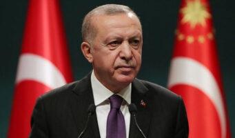 Партия Эрдогана имеет самый низкий уровень голосов за свою историю