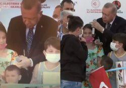 Пользователей возмутила выходка Эрдогана
