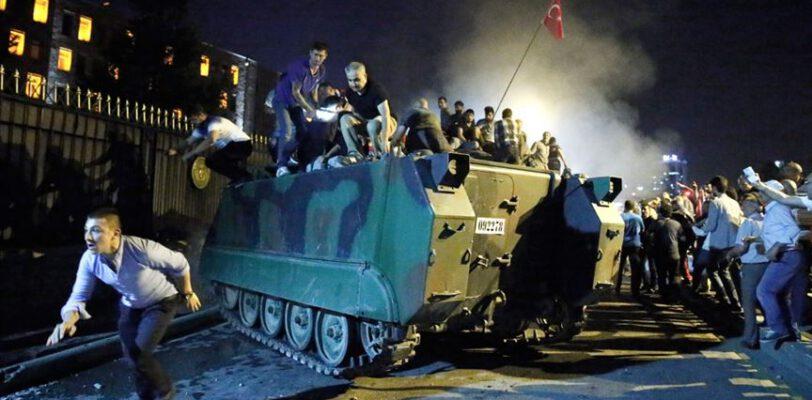 Muslim Views: Утверждения турецких властей о 15 июля не заслуживают доверия